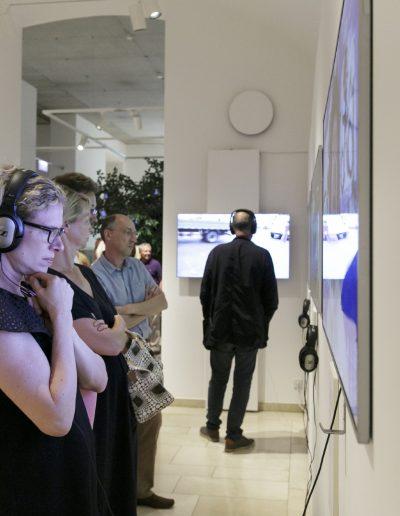 Die Die Rückkehr des Pre Bell Man Nam June Paik Ausstellung Museum für Kommunikation Frankfurt Foto Stefanie Koeslingdes Pre Bell Man. Nam June Paik und Medienkunst aus der Sammlung Kelterborn